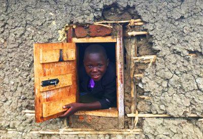 leerling uit raam