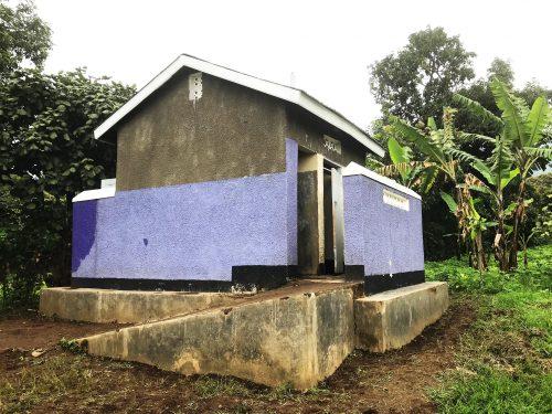 nieuwe toiletten en douche bw
